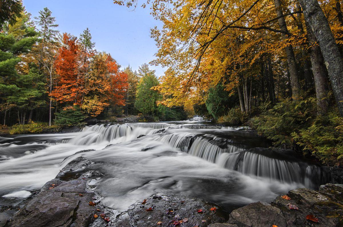 Fall colors at Upper Bond Falls near Bruce Crossing