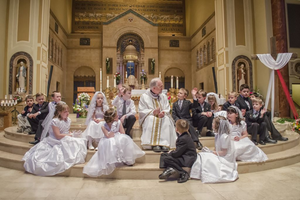 All of the kids during the First Communion ceremony.